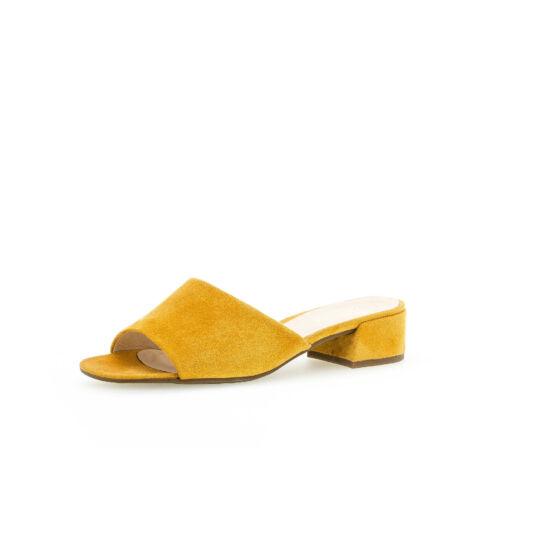Gabor mustár színű papucs