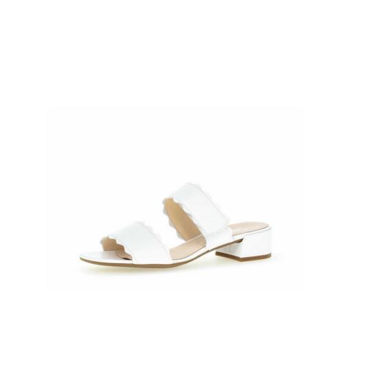 Gabor fehér papucs