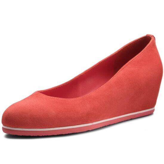 Högl korall telitalpú cipő