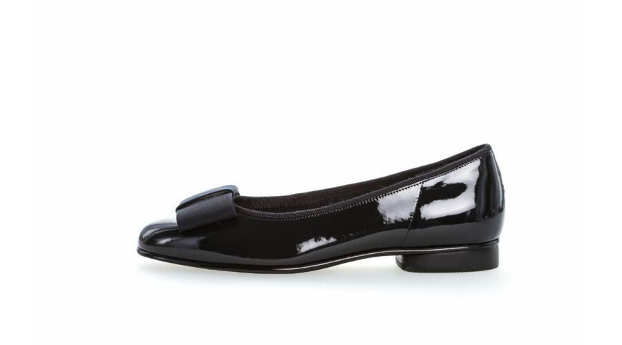 Gabor sötétkék lakk balerina cipő - 42 1 2 - Óriás-Shop nagyméretű ... 12c84e71cf