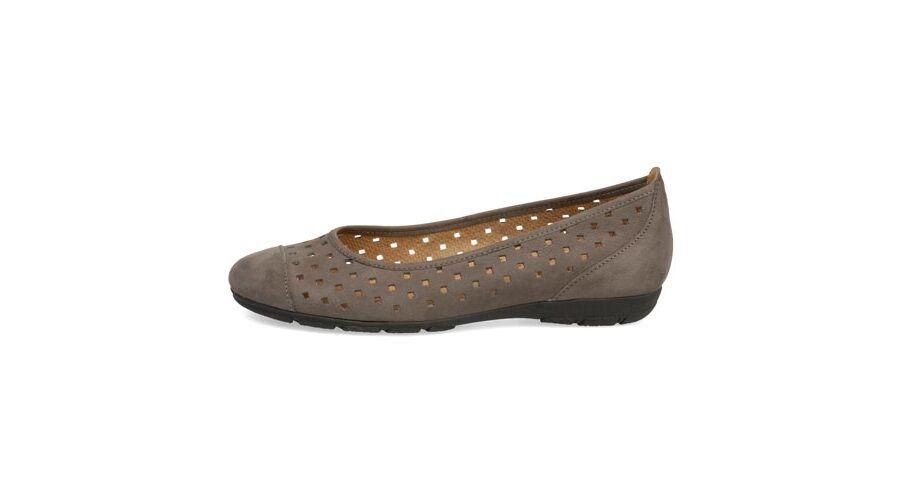 Gabor beige lyukacsos balerina cipő - 43 - Óriás-Shop nagyméretű ... d7d78333db