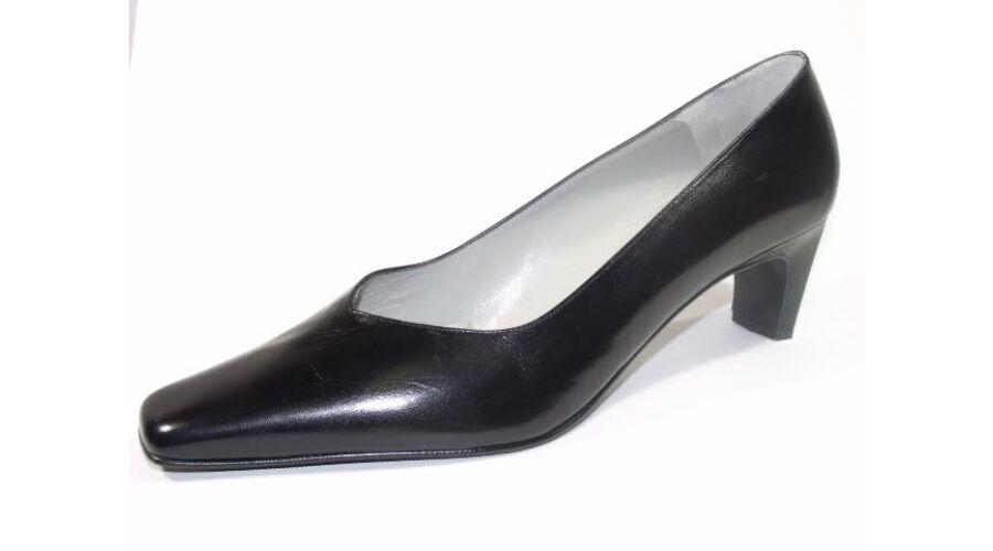 Gennia Edesio fekete női alkalmi cipő - 43 - Óriás-Shop nagyméretű ... bc613b0adc