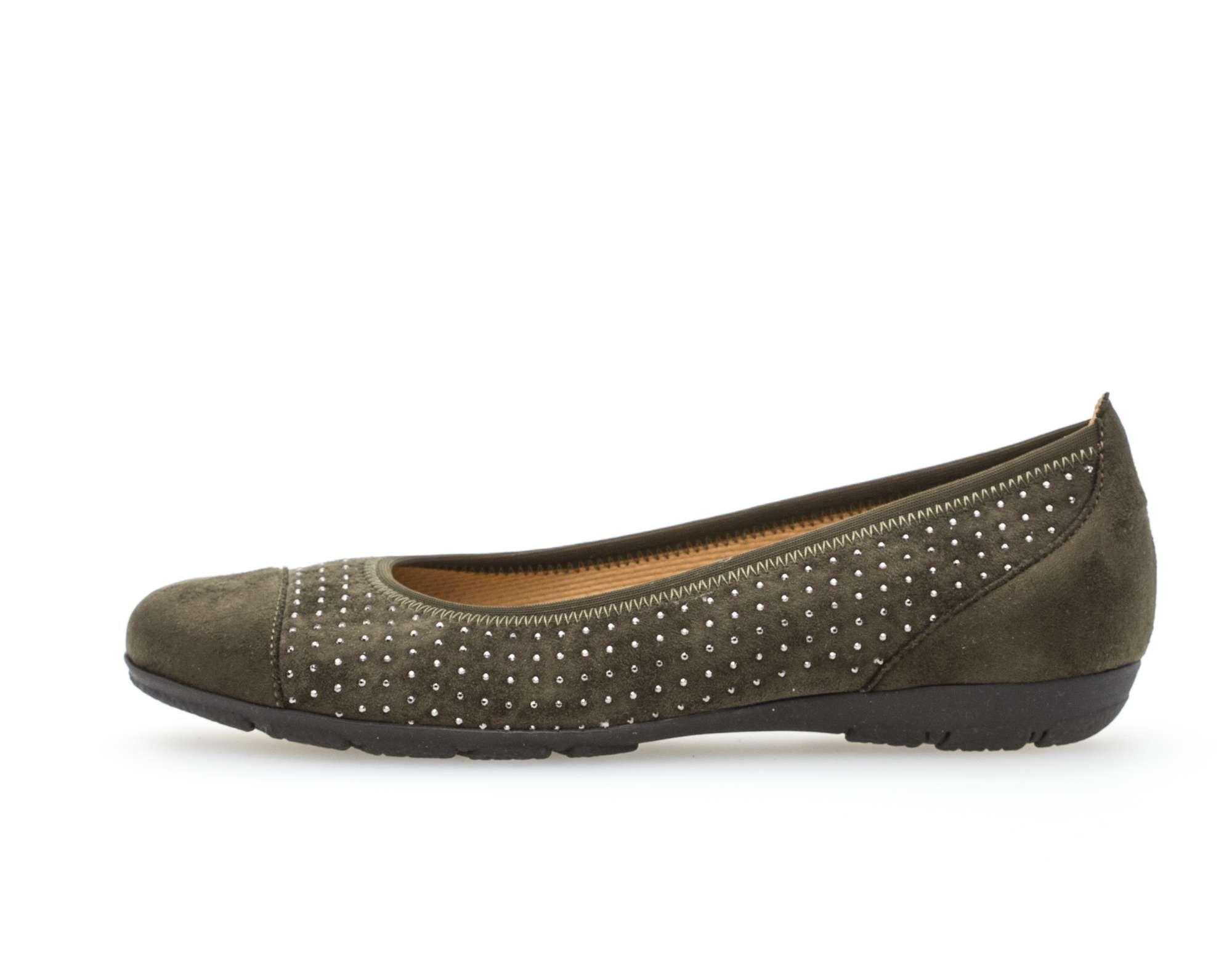 c968bd732e Gabor sötétzöld balerina cipő - 42 1/2 - Óriás-Shop nagyméretű férfi ruhák  és női, férfi cipők boltja